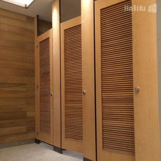 Louvered Toilet Cubicles